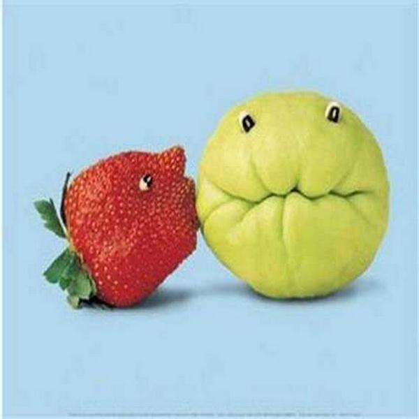 kissing fruit